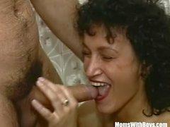 oralsex mogen brunett