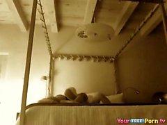 amateur brunette lécher webcam