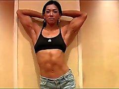 asiatique femmes musculaire
