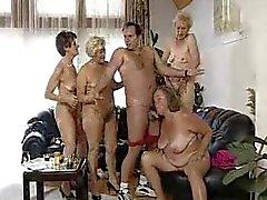 alemão grannies sexo em grupo hardcore