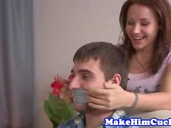 Petite gf cuckolds her cheating bf with exbf