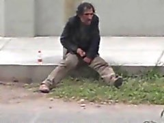 Str8 spy-caught a homeless jerking off