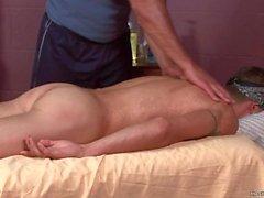 chad brock traş masaj kas masaj baştan düz baştan