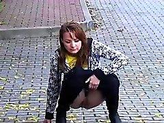 любительский блондинка брюнетка фетиш на открытом воздухе