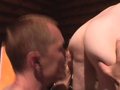 Horny dude gives in to temptation and gives a guy a hot rimjob