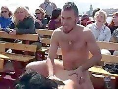 knipperende publieke naaktheid voyeur