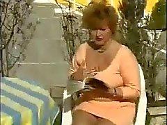 grannies masturbatie publieke naaktheid