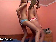 милашка танцы лесбиянка