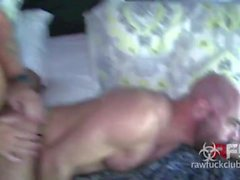 adam russo roh gang bang ohne sattel papa hart roughsex hardcore anal sex hunks muskel haarige tätowierungen blowjob hahn