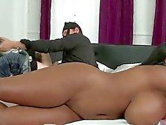 bbw grote borsten zwart en ebony interraciale