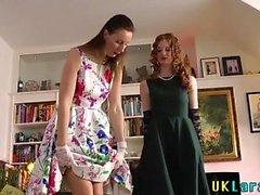 brittiläinen hd lesbo nuolla pikkuhousut
