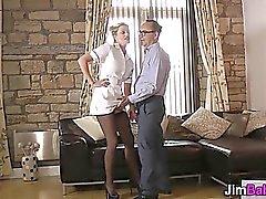 любительский блондинка минет европейский мастурбирует