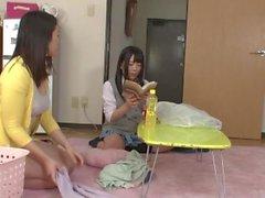 brunette pipe trio japonais