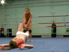 amazon combatientes pelea de gatas lesbiana