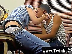 Gay video Sexy Robbie Anthony has a thing for the blond swee
