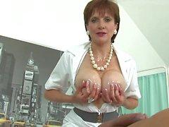 cumshots büyük göğüsler handjobs ingilizler
