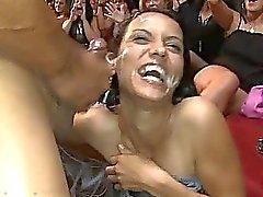 blowjobs actie cfnm cfnm party cfnm porno video's geile meiden