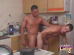 les hommes gais hardlatingays éjaculations grand latinos coq bareback ass baise jante latin anal emploi jouer gay