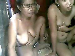 asiatique gros seins échéance mamelons
