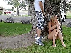 amatööri blondit ulko julkinen alastomuus