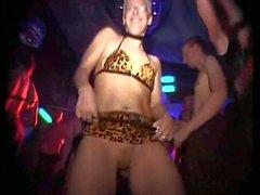 sexleksaker offentlig nakenhet gruppsex tyska grov kön