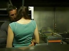 esmerler öpme gençler