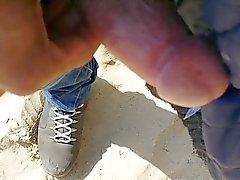 plage clignotant cames cachées nudité en public voyeur