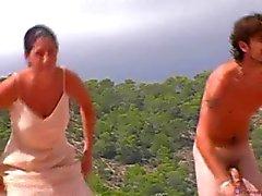 amateur plage nudité en public étudiante voyeur