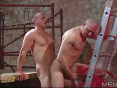 Tattooed skin fucked by beefy stud