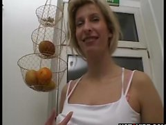 Blondie shows body and dildos herself