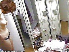 asiatisch versteckte kamera videos umkleideraum