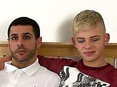boquetes posições gay dos homossexual alegre twinks gay