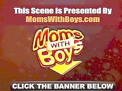 momswithboys maman mère mature milf