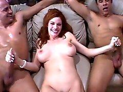 amateur big boobs blondine blowjob