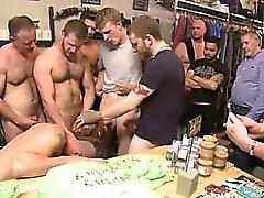 homosexuell gruppen-sex