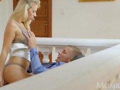 nathaly chérie momxx femme-mère maman romantique pour femmes blondes milf matures gros cul