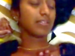 Indian Porn Videos - Bangalore Couple Hot Sex Scene - BJ Clip