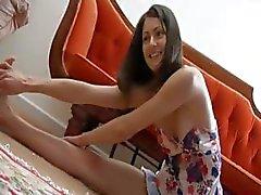 brunette behaard softcore tiener