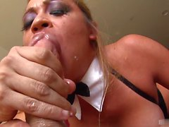 Mia Lelanis idea of a great time is to pleasure men with her