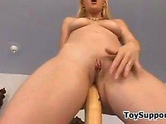 baby blondine masturbation