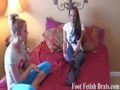 pies footfetish footjobs footsucking