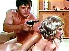 gangbang karvainen pornotähti