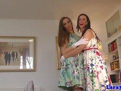 lesbiska mognar strumpor europe laras lekplats