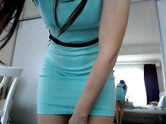 brunetta assolo striptease adolescente webcam