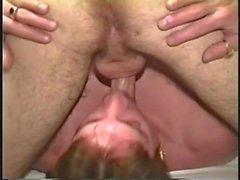 vintage küssende brünette gesicht haar blowjob öffentlich draußen 69 sechzig neun tief kehle saugen
