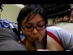 amatör asiatisk avsugning handjob milf