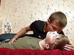 jongens neuken pik zuigen homo twink jongens binken