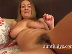 big boobs blondine behaart hd milf