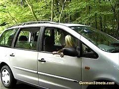facial alemán milf al aire libre realidad