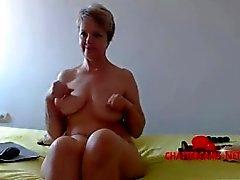 anne anne büyük göğüsleri almanca